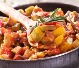Приготовление овощного рагу по вкусным рецептам