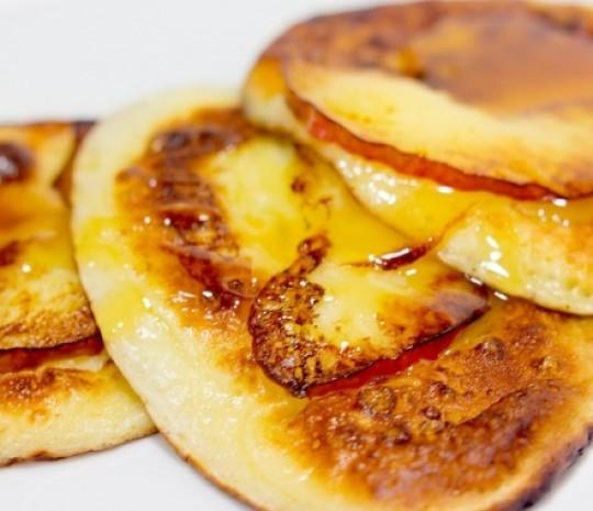 Приготовление пышных оладьев на кефире по вкусным рецептам