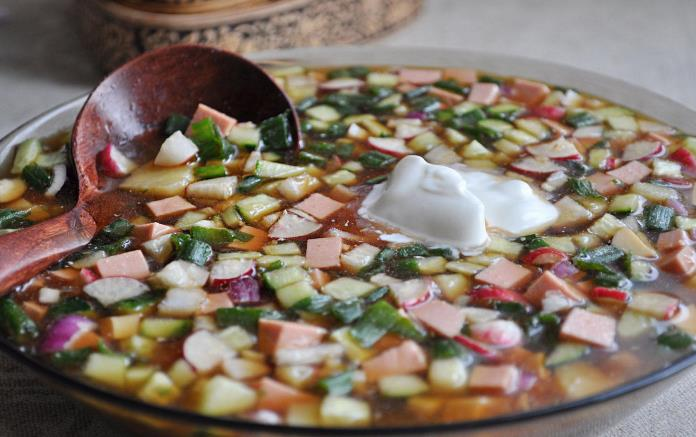 Рецепт на квасе с колбасой